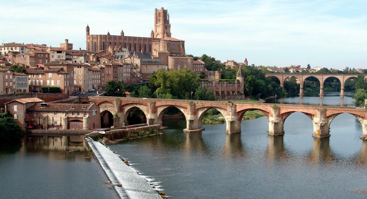 Montauban ville vacances arts guides voyages for Piscine de montauban